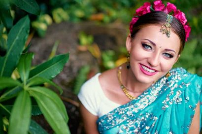 Stunning Indian Wedding Hairstyles for Short Hair: In-depth Guide